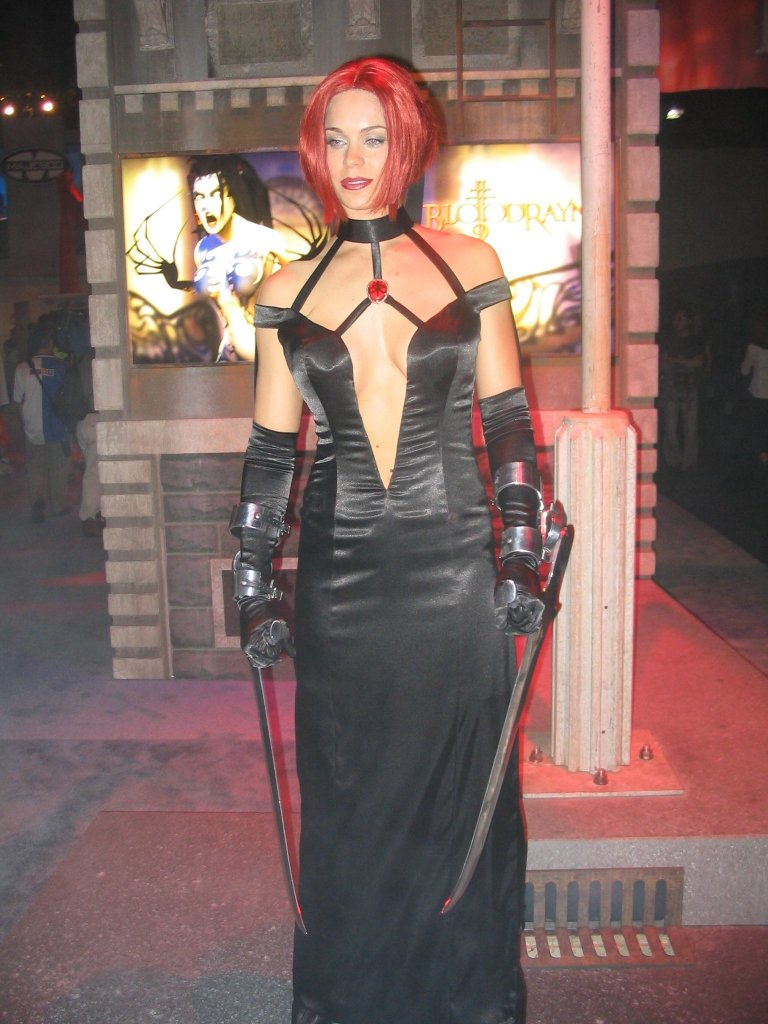 """Bloodrayne Topless vampire beauties: sexy vamps of the """"bloodrayne"""" franchise"""